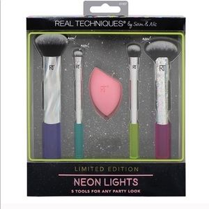 Real Techniques 5-pc Neon Lights Make-Up Brush Set